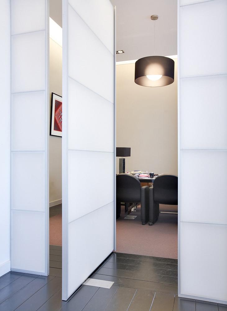Cloisons amovibles et cloisons mobiles pour l 39 agencement de vos bureaux for Cloison mobile coulissante